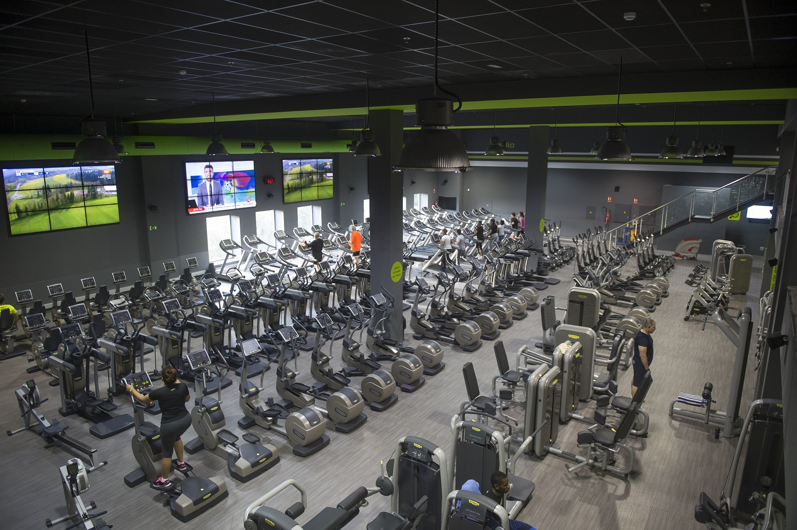 Gimnasio en villaverde madrid madrid for Gimnasio 24h madrid